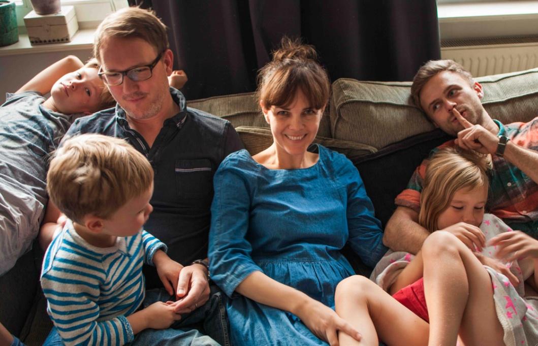 Noé & Zoë-Inhaberin Nici Zinell mit ihrer Familie. Foto: Lina Grün